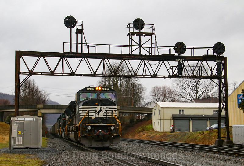 Six former Conrail SD80MACs (three on each end) power loaded coal train C47 under the automatic Pennsy signals at Summerhill, 4-5-19.