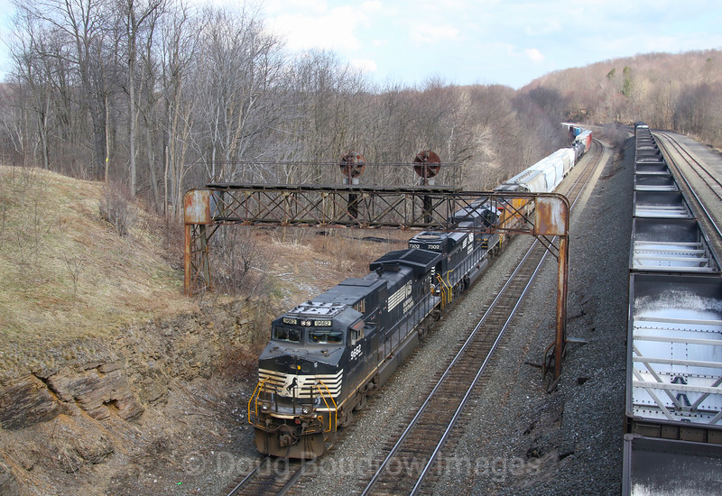 Westbound manifest 35A slides down into Cresson passing under the soon to be extinct Pennsy signal bridge next to Route 53, 4-6-19.