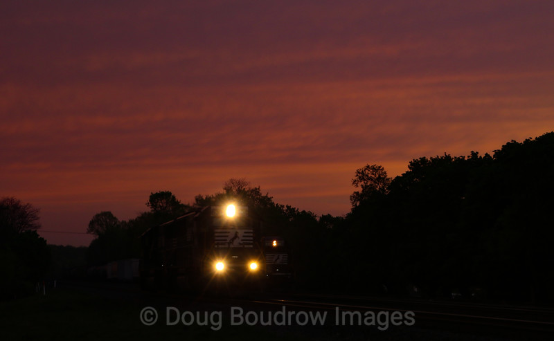A helper set heads East through Cresson passing a Westbound train at dusk, 5-14-18.