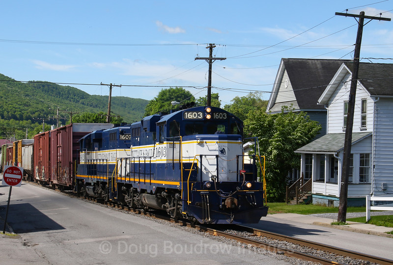 Nittany and Bald Eagle Railroad is seen working in Tyrone, 5-24-19.