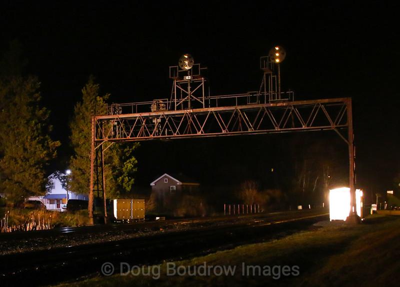 Summerhill Color Position Lights at Night, 4-5-19.