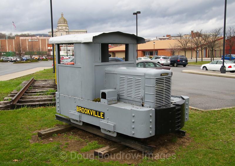 Brookville industrial locomotive on a static display near the Altoona museum, 4-4-17.
