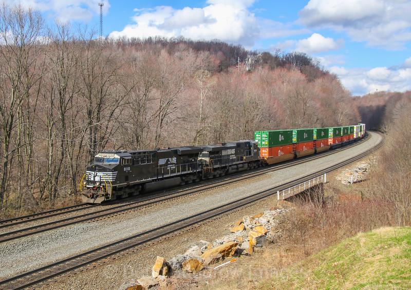 A Westbound intermodal descends the hill at Cassandra, 4-4-17.