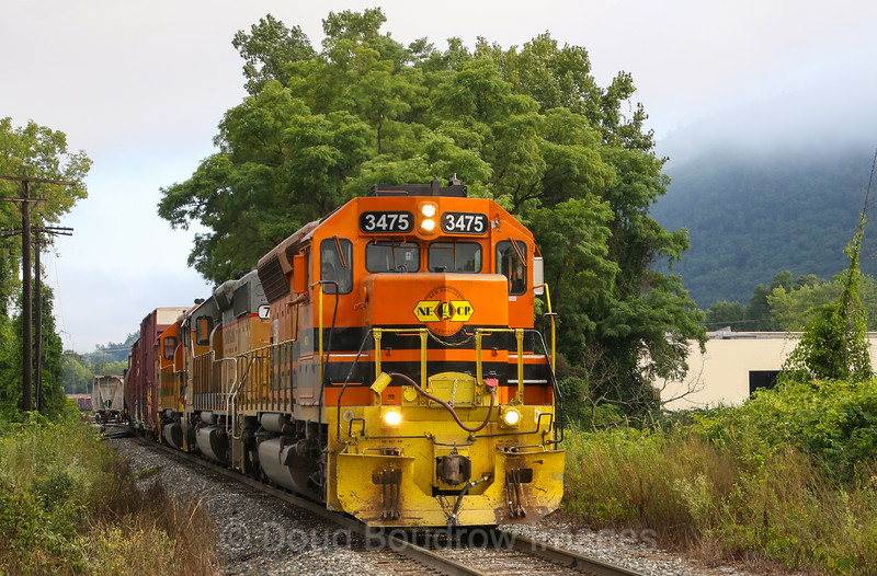 New England Central Train 611 switches cars out in Brattleboro before heading South to Palmer, 8-22-19.