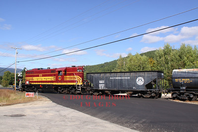 #573, a former Maine Central GP-7 pulls a mixed freight to Bartlett, 9-18-10.