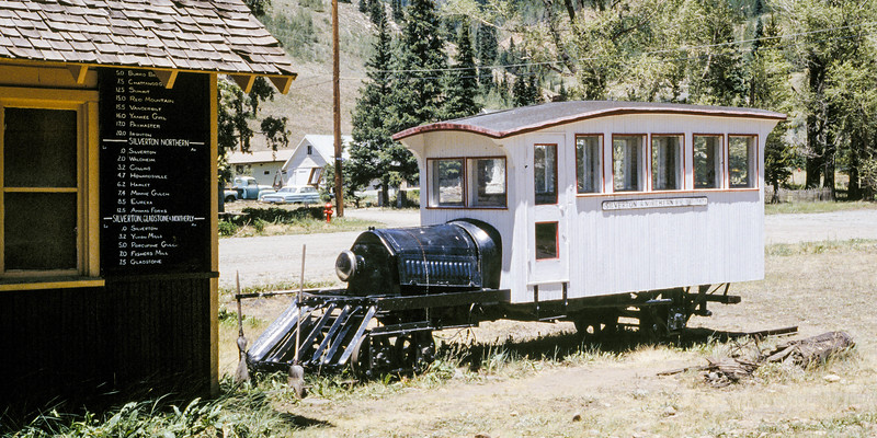 Railbus at Silverton 1