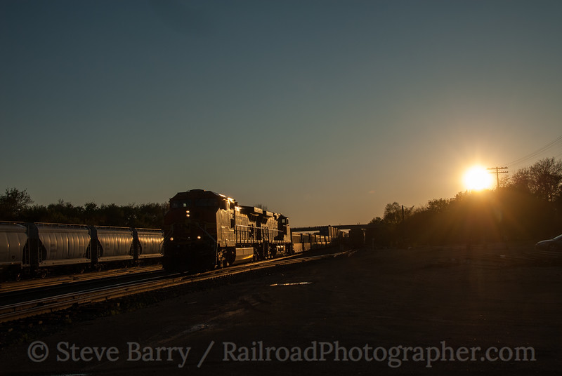 Photo 2884<br /> BNSF Railway; Oregon, Illinois<br /> April 16, 2012