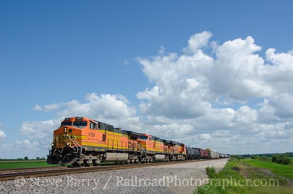 Photo 3443 BNSF Railway; Ethel, Missouri August 12, 2015