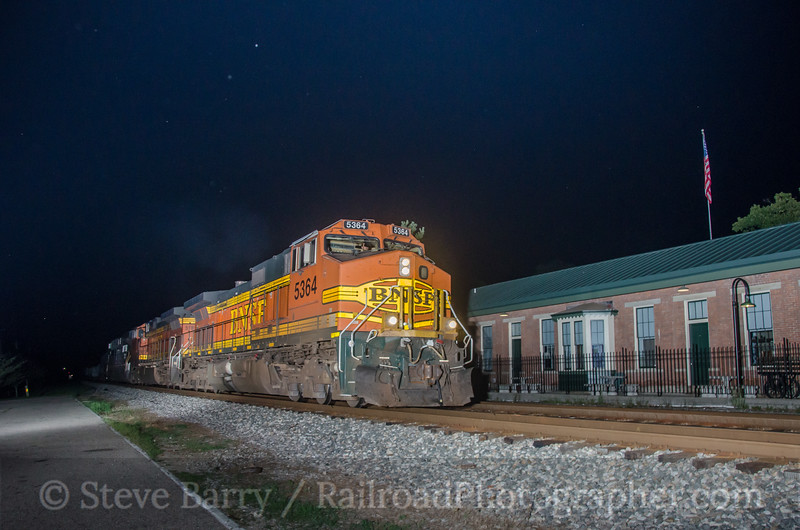 Photo 2759<br /> BNSF Railway (on CSX); Glendale, Ohio<br /> August 9, 2013