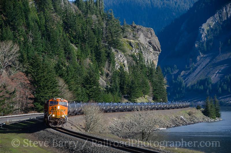 Photo 4047<br /> BNSF Railway; Home Valley, Washington<br /> March 16, 2017