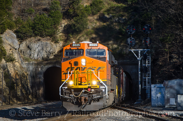 Photo 3260 BNSF Railway (on NS); Montgomery Tunnel, Christiansburg, Virginia November 21, 2014