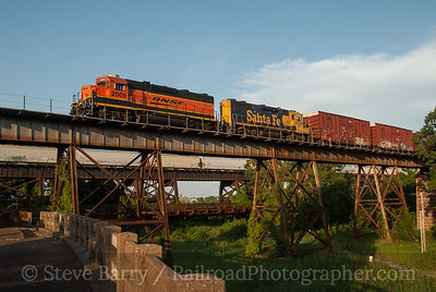 Photo 3190 BNSF Railway; West Memphis, Arkansas June 18, 2014