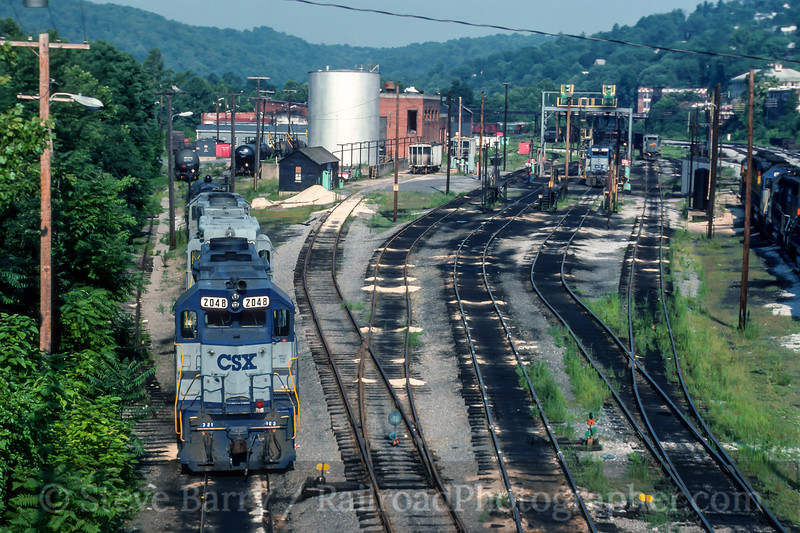 Photo 5202<br /> CSX Transportation<br /> Graftpn, West Virginia<br /> July 1991