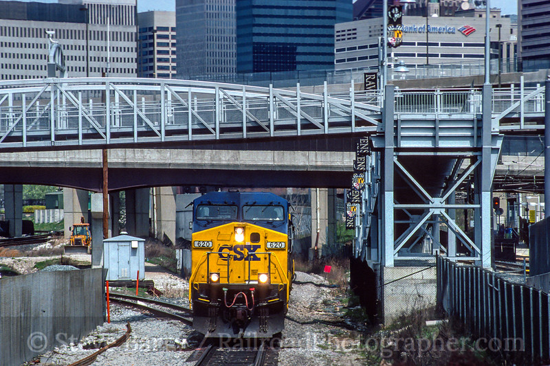 Photo 4721<br /> CSX Transportation<br /> Baltimore, Maryland<br /> April 2000