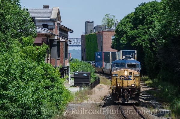 Photo 3430 CSX Transportation; Newburgh, New York July 10, 2015