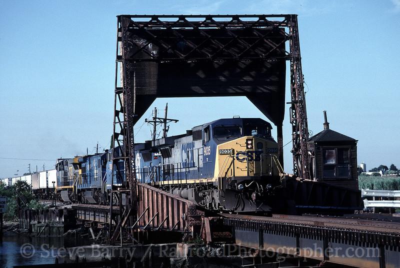 Photo 0212<br /> CSX Transportation; Little Ferry, New Jersey<br /> July 7, 1999