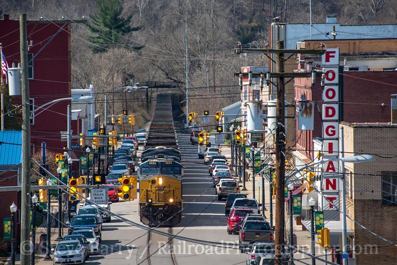 Photo 4625<br /> CSX Transportation<br /> St. Mary's, West Virginia<br /> April 5, 2018