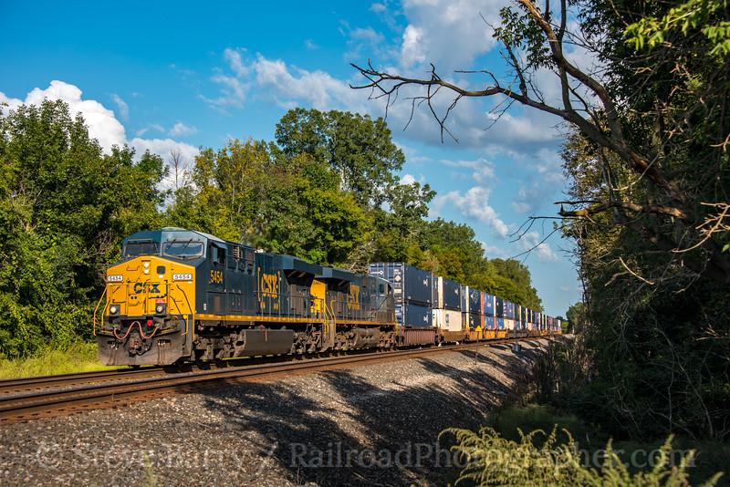 Photo 5215<br /> CSX Transportation<br /> Weedsport, New York<br /> September 16, 2018