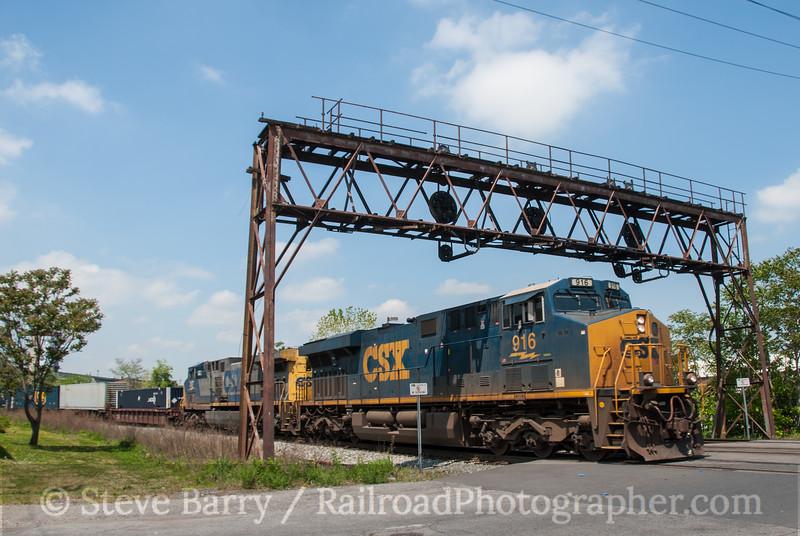 Photo 2604<br /> CSX Transportation; Ridgely Street, Baltimore, Maryland<br /> April 20, 2012