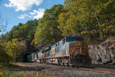 Photo 3240 CSX Transportation; Fort Montgomery, New York October 26, 2014