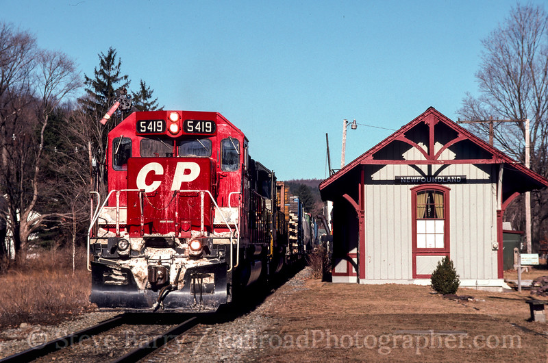 Photo 2466<br /> Canadian Pacific (on NYS&W); Newfoundland, New Jersey<br /> January 20, 1997