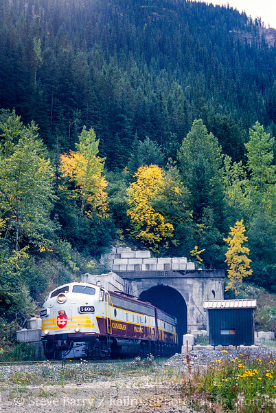 Photo 4746<br /> Canadian Pacific<br /> Upper Spiral Tunnel, Field, British Columbia<br /> September 2000