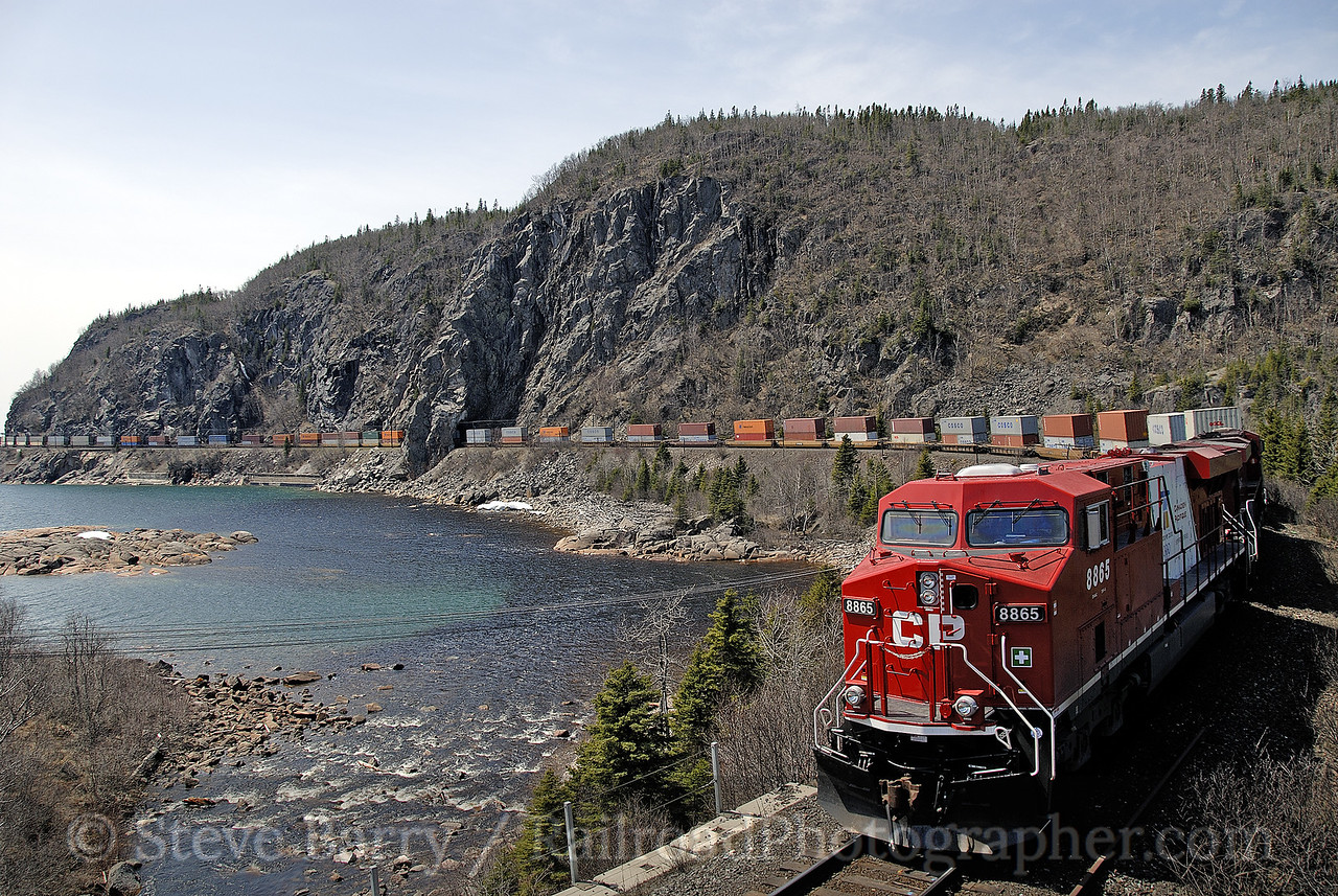 Photo 1179<br /> Canadian Pacific; Mink Cove, Coldwell, Ontario<br /> May 10, 2008