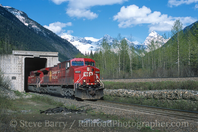 Photo 4462<br /> Canadian Pacific<br /> Macdonald Tunnel, Glacier, British Columbia<br /> May 2004
