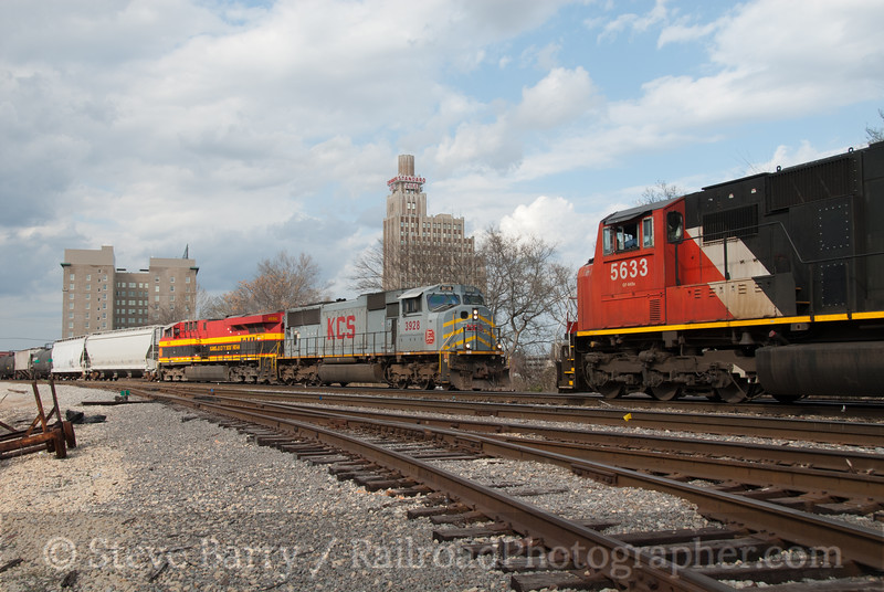 Photo 2022<br /> Canadian National and Kansas City Southern; Switchtender, Jackson, Mississippi<br /> February 23, 2011