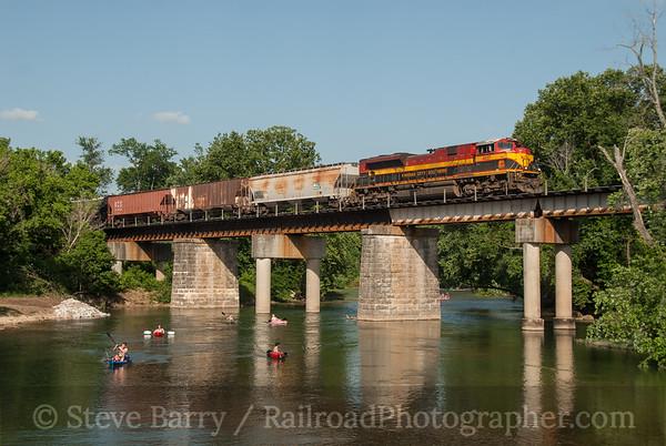 Photo 3182 Kansas City Southern; Ginger Blue, Missouri June 16, 2014