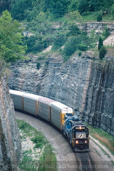 Photo 5010<br /> Norfolk Southern<br /> King's Mountain, Kentucky<br /> August 1999