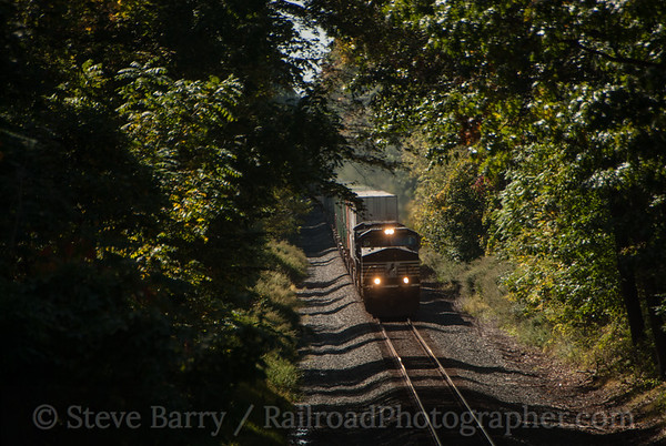 Photo 3217 Norfolk Southern; Bloomsbury, New Jersey September 28, 2014