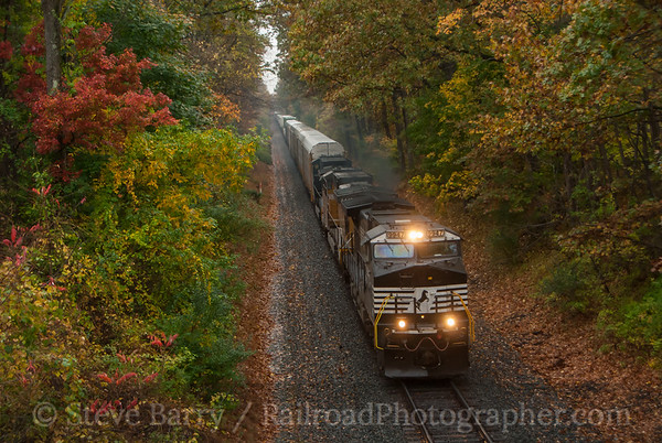 Photo 3235 Norfolk Southern; Bloomsbury, New Jersey October 23, 2014