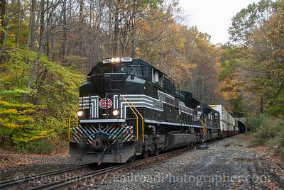 Photo 3236 Norfolk Southern; Pattenburg, New Jersey October 23, 2014