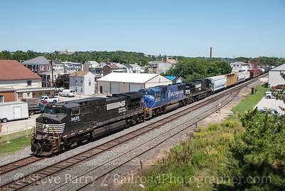 Photo 3227 Norfolk Southern; Bridgeport, Pennsylvania July 5, 2014