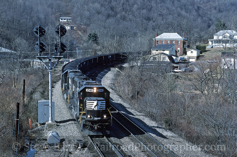 Photo 0953<br /> Norfolk Southern; Falls Mills, Virginia<br /> February 1995