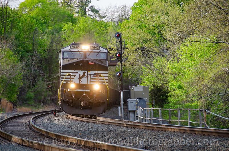 Photo 4066<br /> Norfolk Southern; Phoenixville, Pennsylvania<br /> April 23, 2017