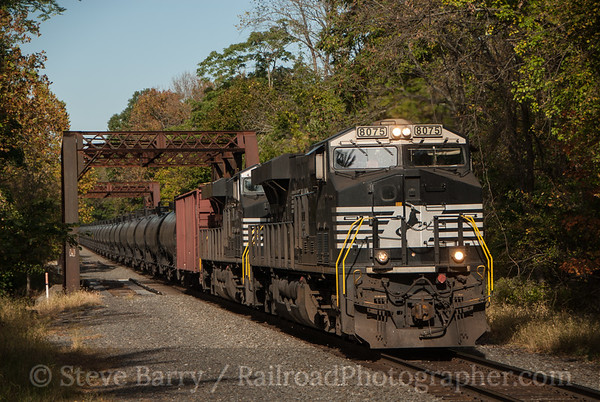 Photo 3228 Norfolk Southern; Hamden, New Jersey October 9, 2014