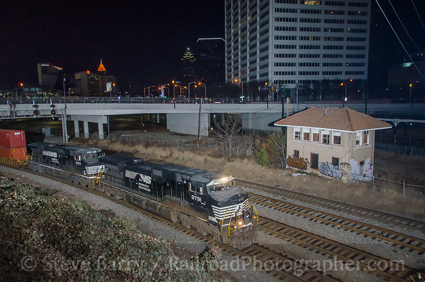 Photo 4016 Norfolk Southern; South Tower, Atlanta, Georgia December 10, 2016