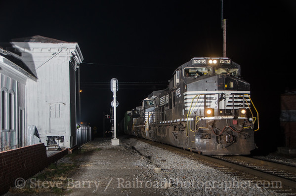 Photo 3261 Norfolk Southern; Rural Retreat, Virginia November 21, 2014