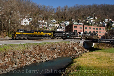 Photo 3609 Norfolk Southern; Welch, West Virginia November 23, 2015