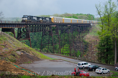 Photo 3403 Norfolk Southern; Letchworth State Park, Portageville, New York May 10, 2015