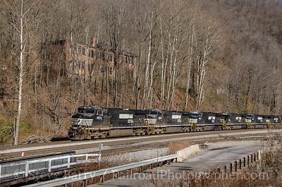 Photo 3607 Norfolk Southern; Eckman, West Virginia November 23, 2015