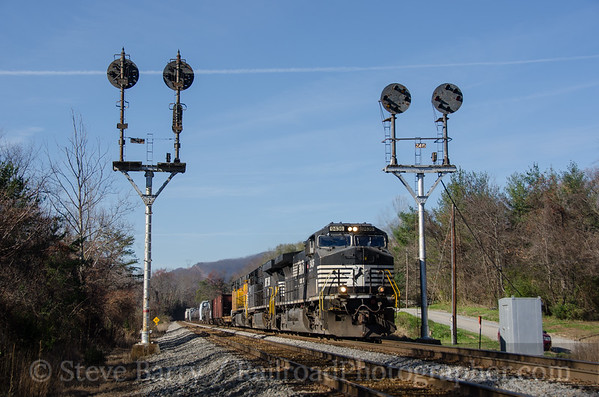 Photo 3611 Norfolk Southern; Montvale, Virginia November 24, 2015