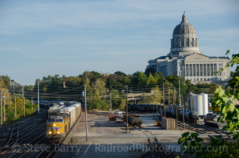 Photo 3977 Union Pacific; Jefferson City, Missouri October 17, 2016