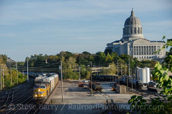Photo 3977 Union Pacific; Jefferson City, Missouri October 17, 2016