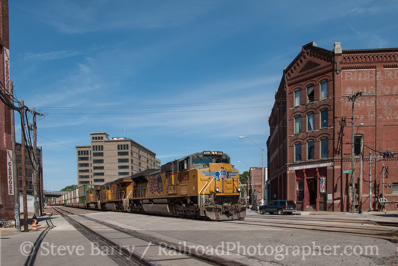 Photo 2345<br /> Union Pacific; West Bottoms, Kansas City, Missouri<br /> June 12, 2012