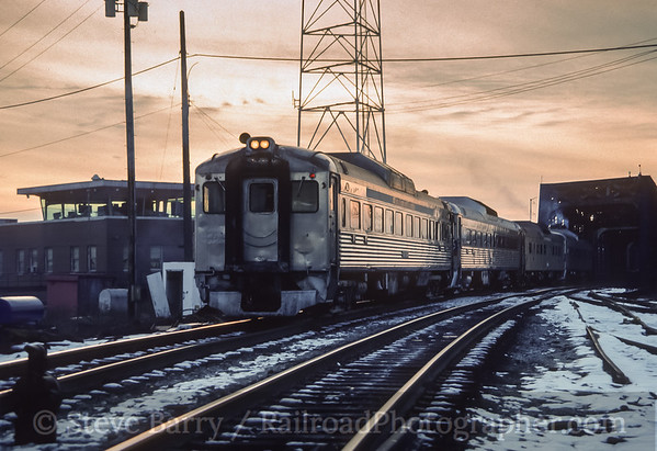 Photo 3941 Maryland Area Rail Commuter; East Yard, Philadelphia, Pennsylvania December 1989