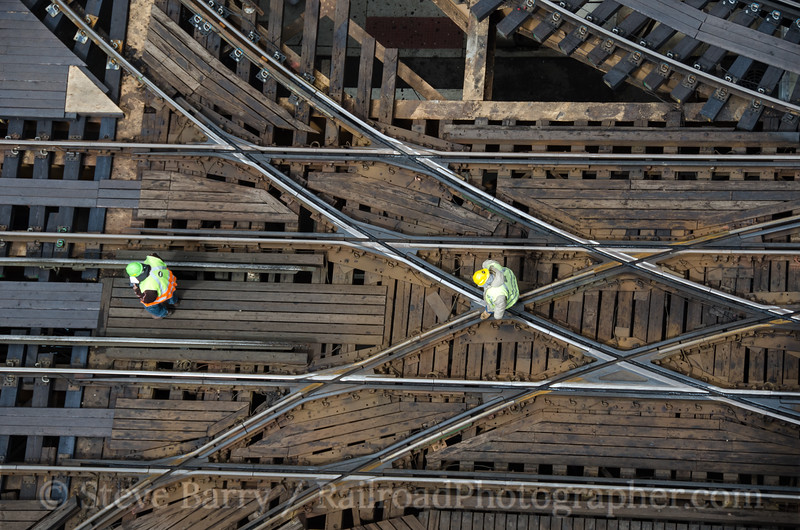 Photo 2662 Chicago Transit Authority; Lake & Wells, Chicago, Illinois April 12, 2013
