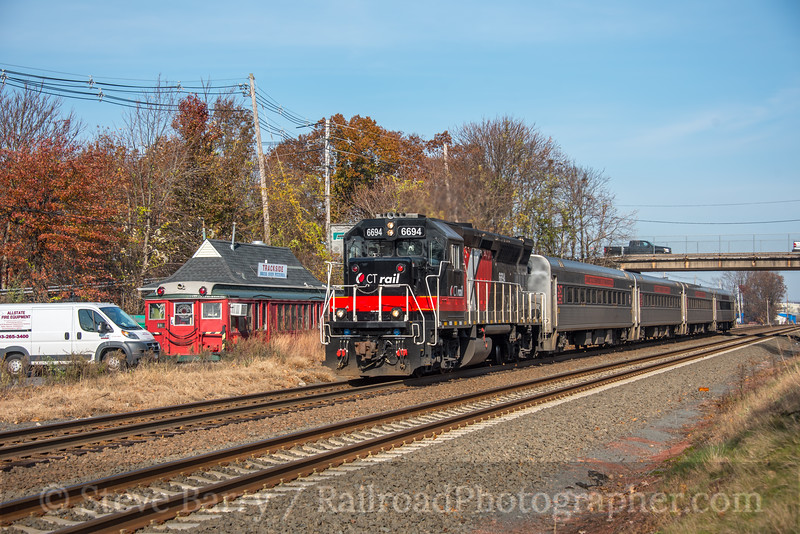 Photo 5369<br /> Hartford Line<br /> Wallingford, Connecticut<br /> November 12, 2018